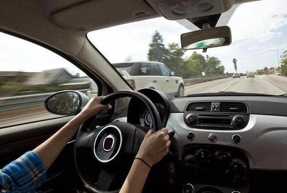 定速巡航怎么使用 定速巡航怎么用视频教程